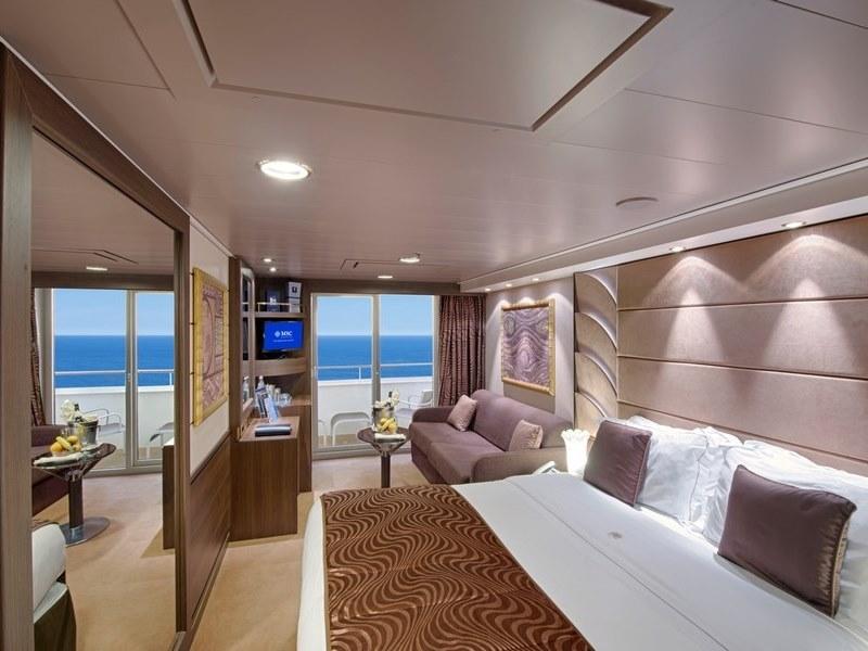 MSC Divina - MSC Fantasia Class   My Cruises Ships