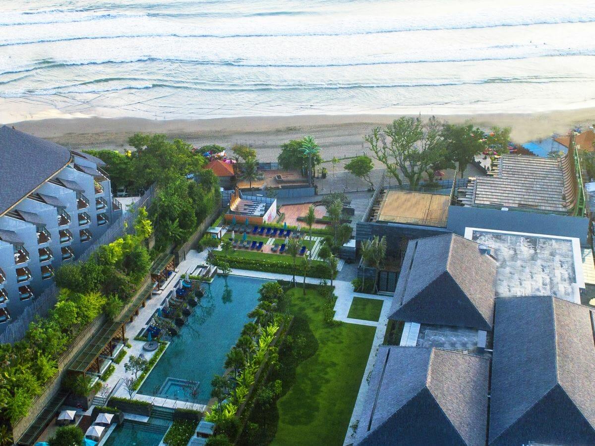 Hotel Indigo Bali Seminyak Gallery Image - Aerial of Resort & Beach