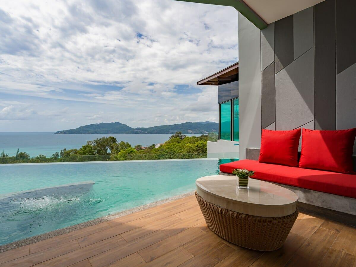 Crest Resort & Pool Villas - Deluxe Pool Access Sea View