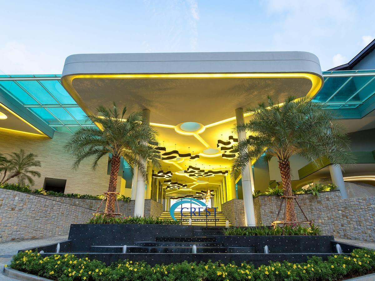 Crest Resort & Pool Villas - Main Entrance