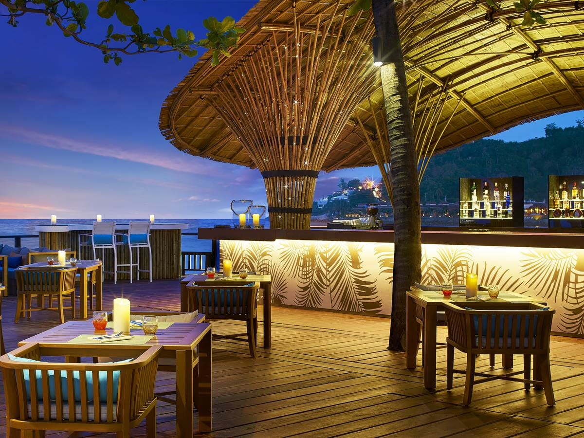 Sheraton Samui Resort Gallery Image of Blue Monkey Bar