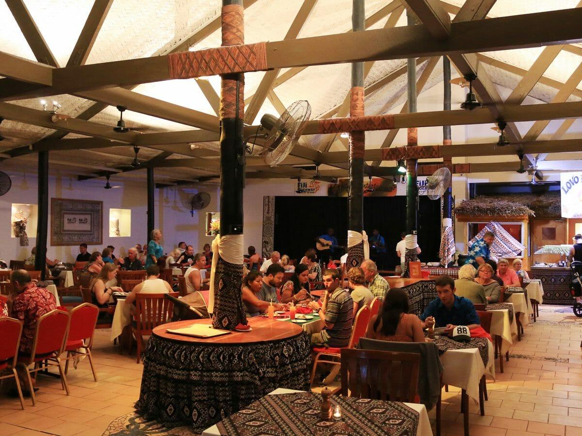 Fiji Hideaway Resort & Spa Gallery Image of Restaurant