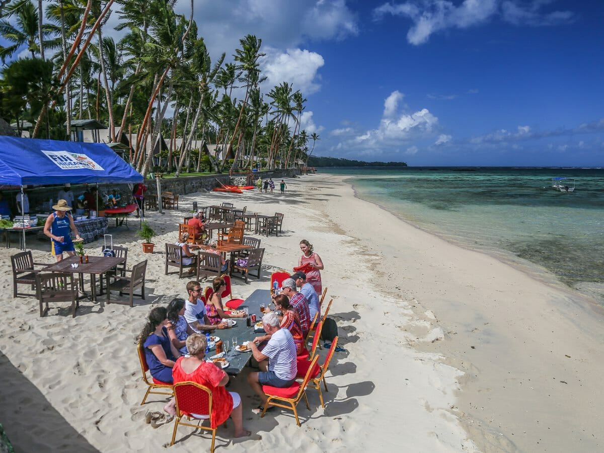 Fiji Hideaway Resort & Spa Gallery Image of Beachside Dining
