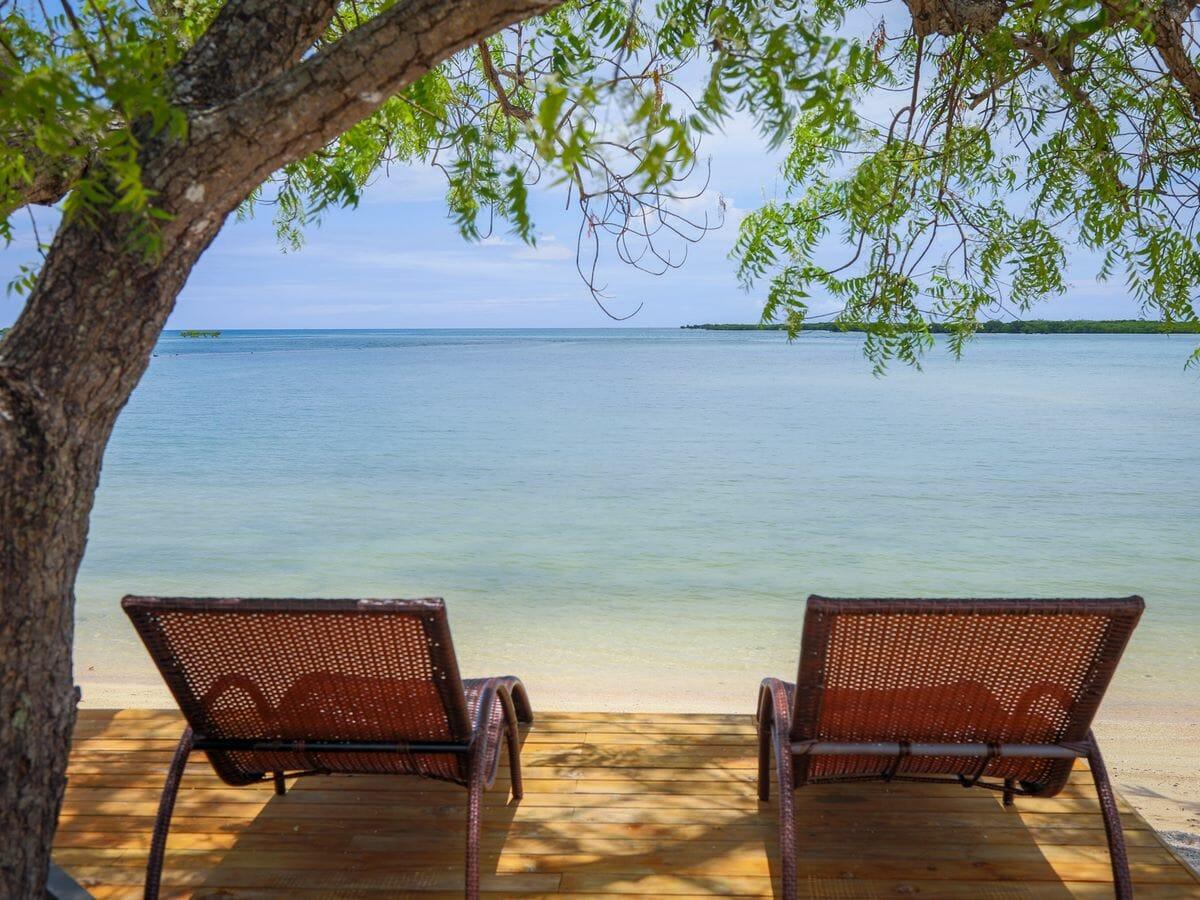 Fiji Hideaway Resort & Spa Vuda Gallery Image of beachside chairs