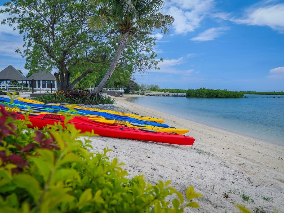 Fiji Hideaway Resort & Spa Vuda Gallery Image of lobby