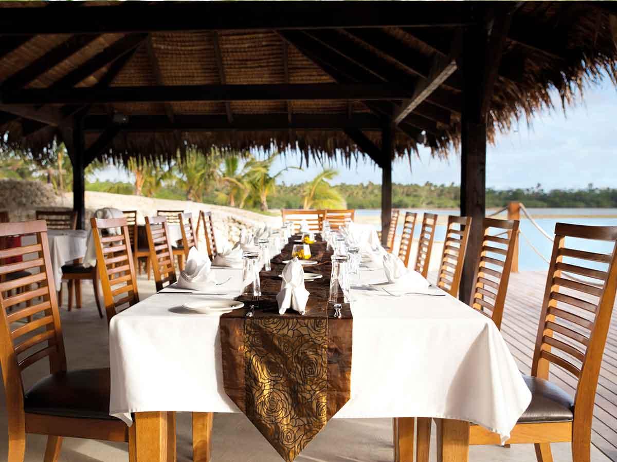aquana-dining