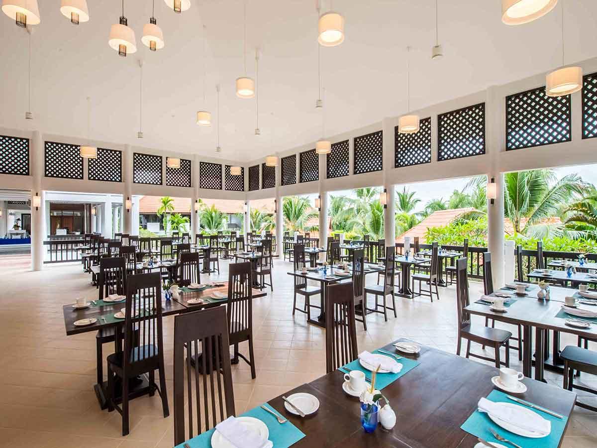 akyra-beach-club-upper-deck