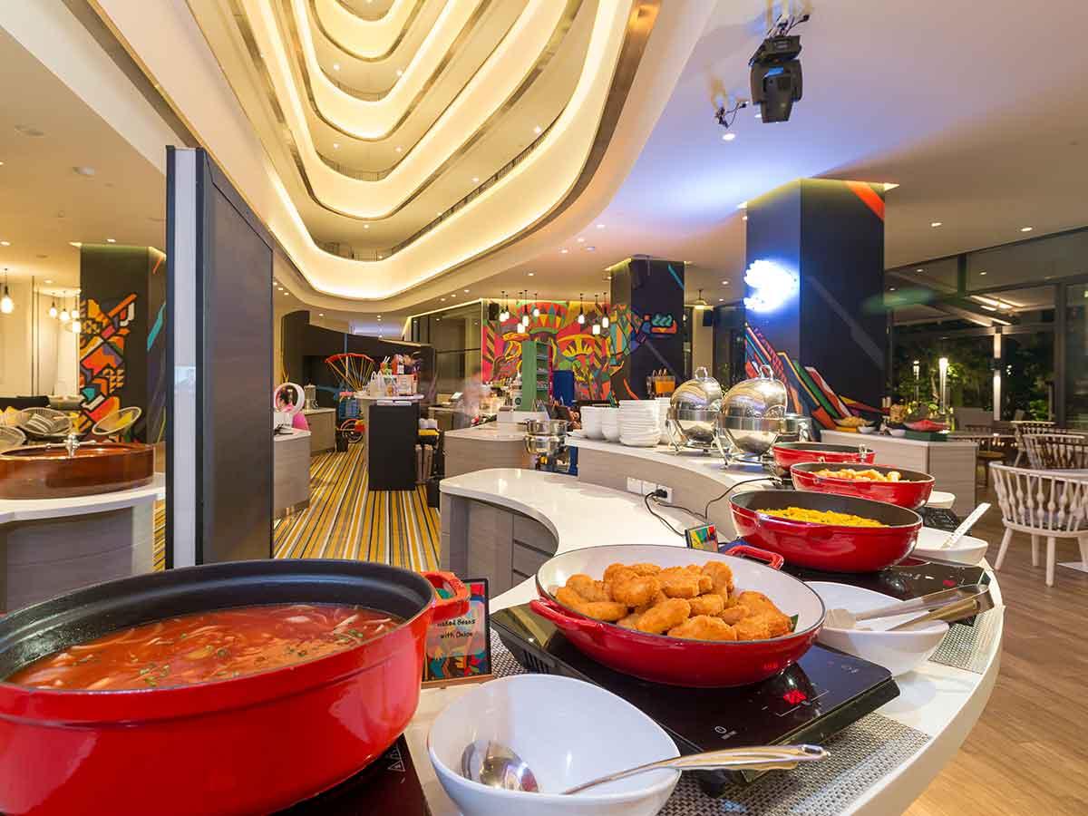 cassia-phuket-breakfast