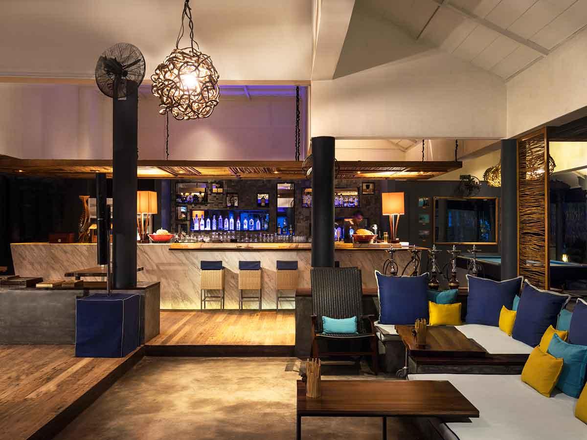 taj-coral-reef-bar