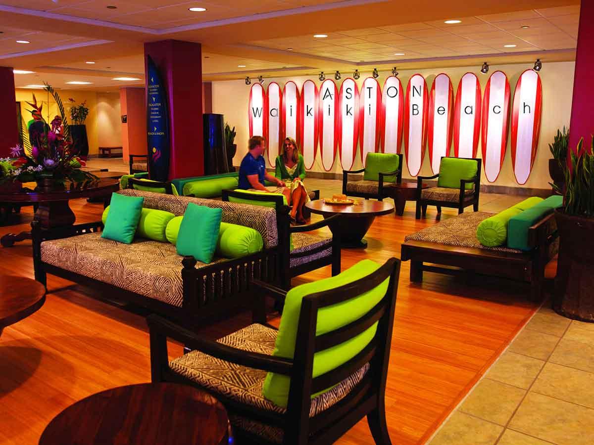 aston-waikiki-lobby