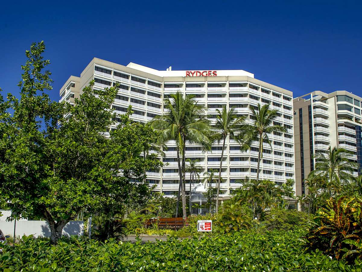 Rydges Esplanade Resort Cairns (11)