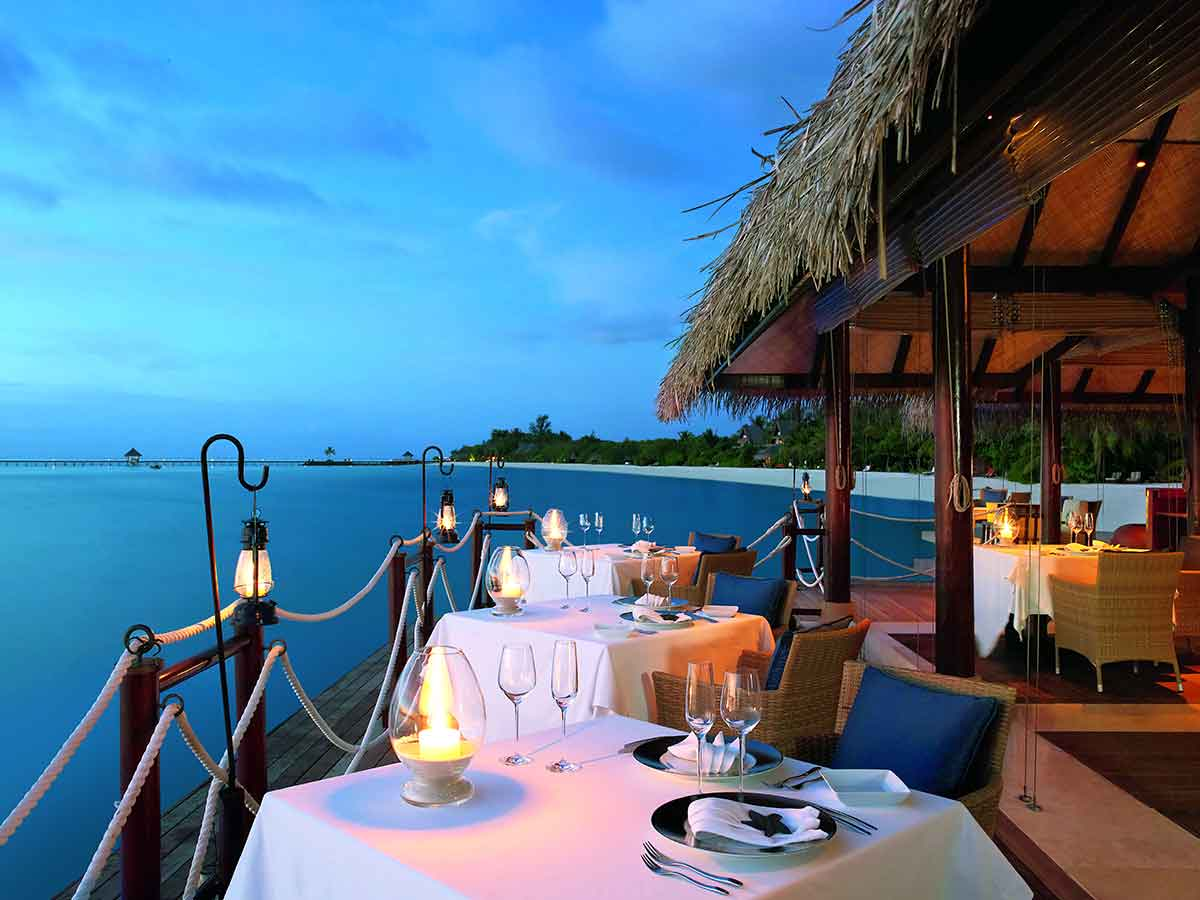taj-exotica-dining