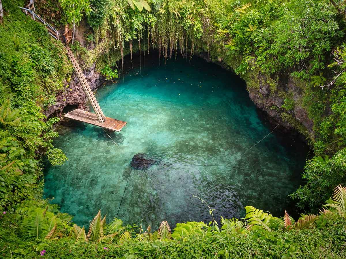 Samoa-To-sua-trench