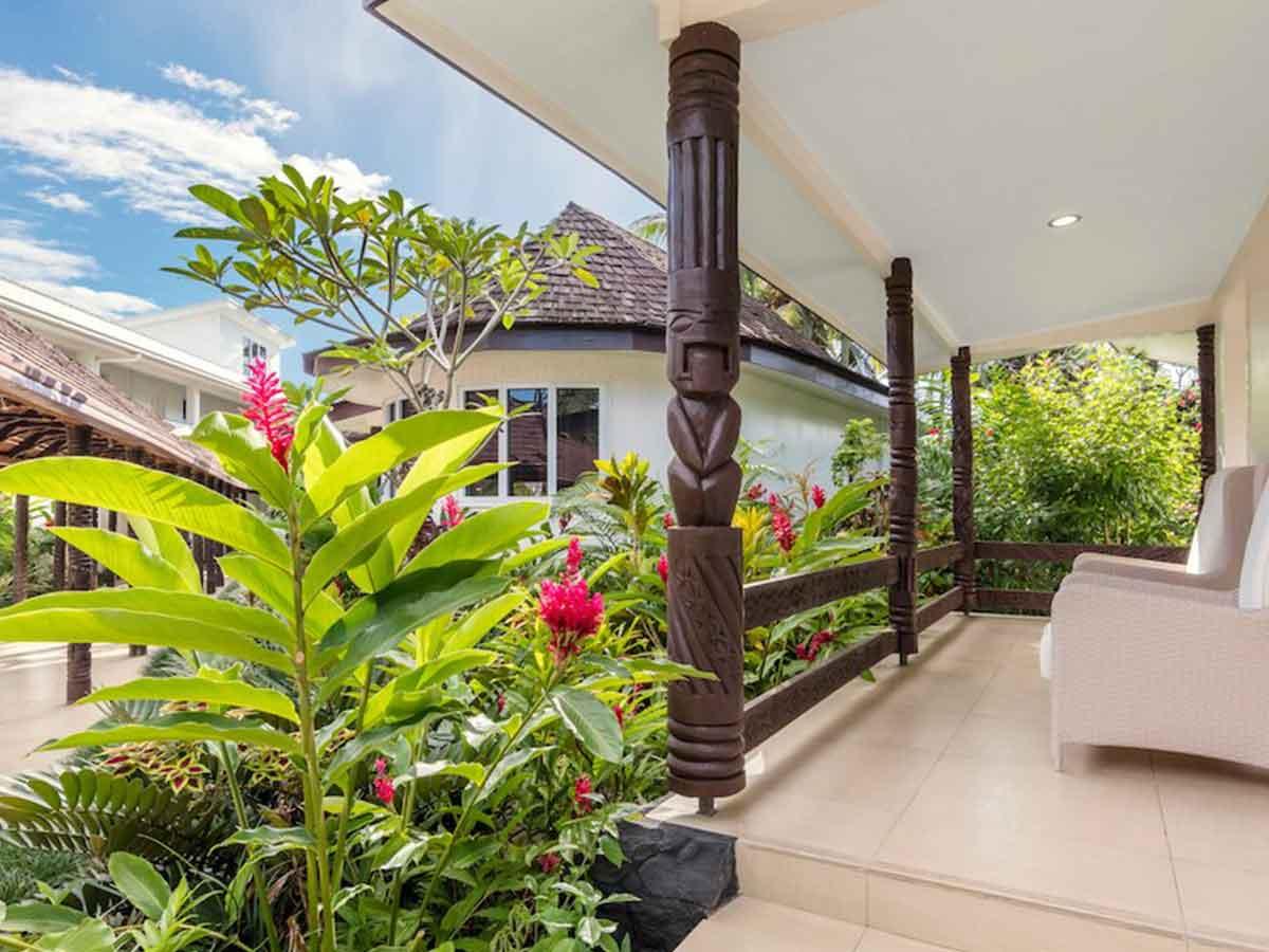 Sheraton-Samoa-Aggie-Grey's-bungalow