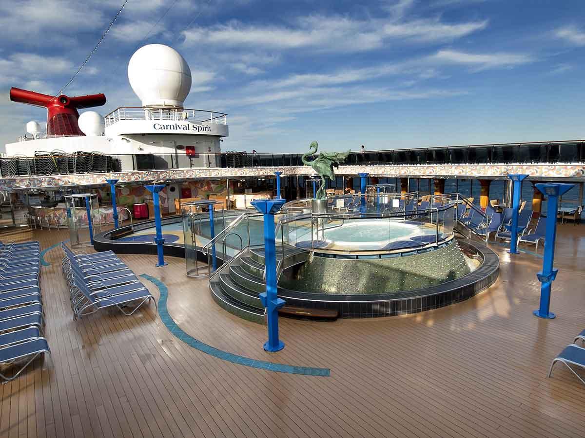 carnival-spirit-deck-pool