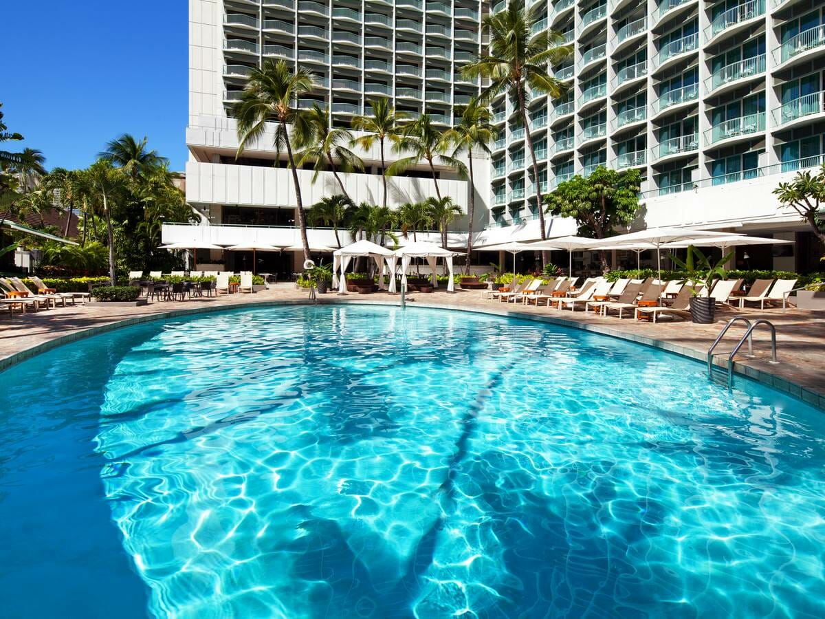 Sheraton Princess Kaiulani pool view