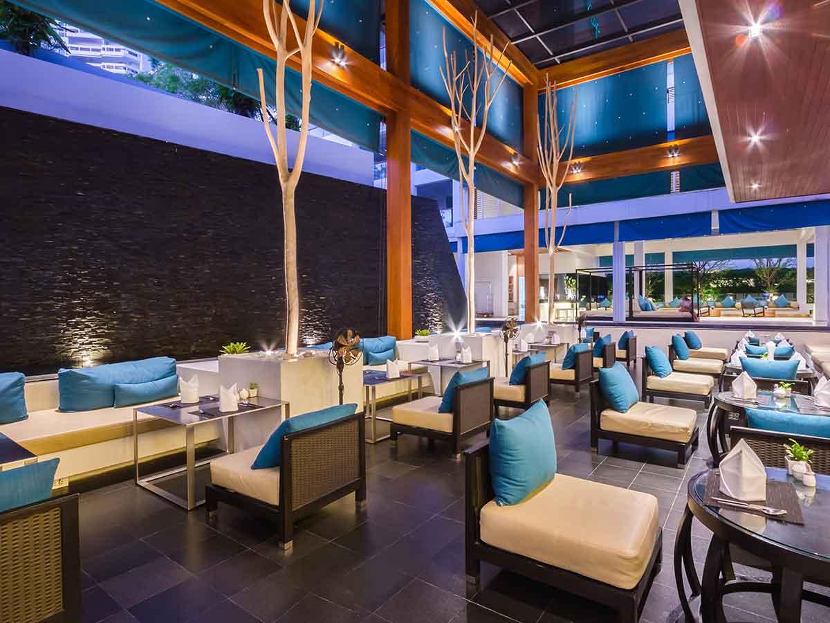 x2-vibe-phuket-patong-restaurant