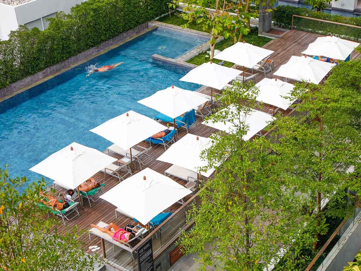 x2-vibe-phuket-patong-pool