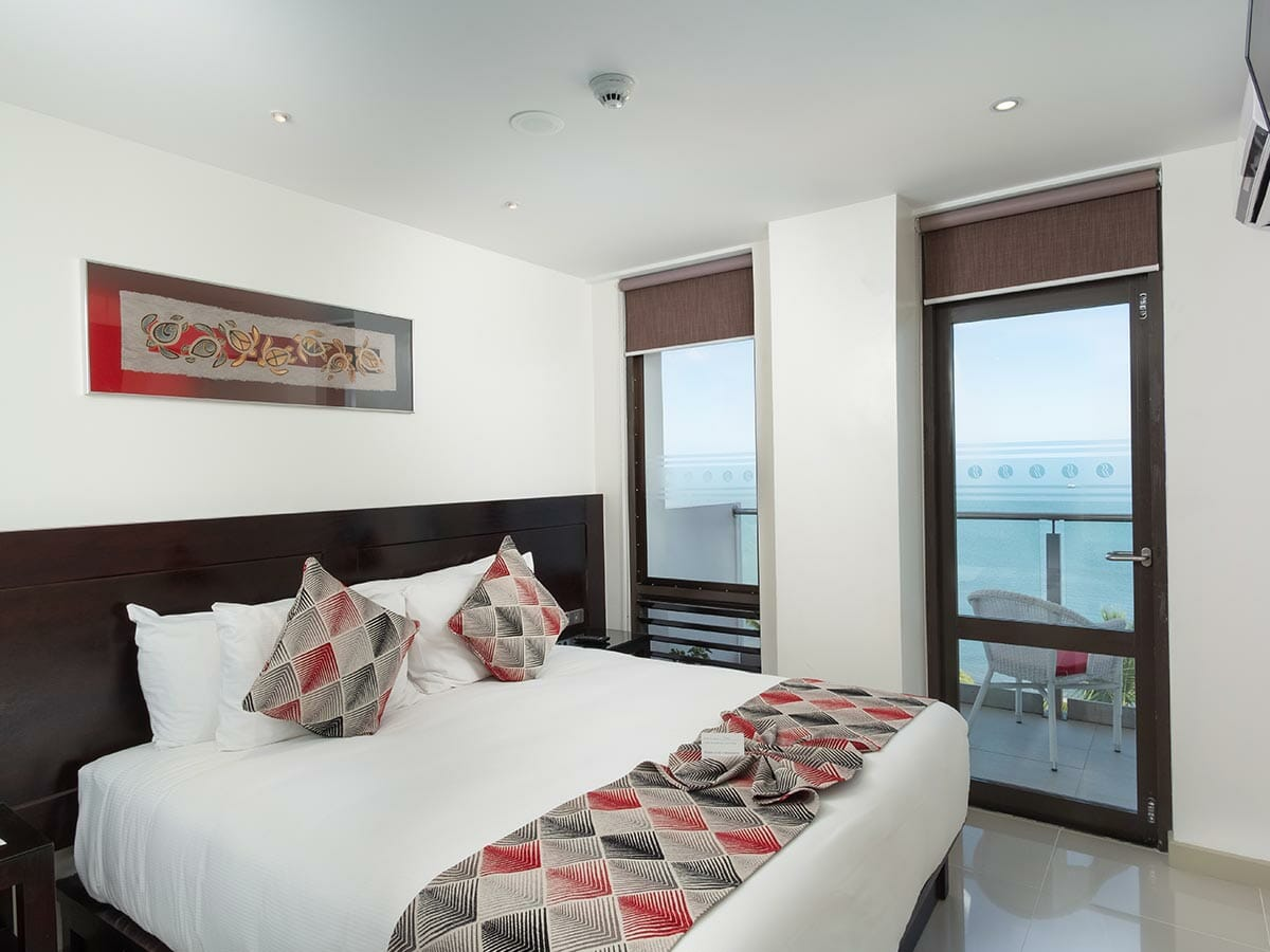 ramada-suites-fiji-king-studio-2