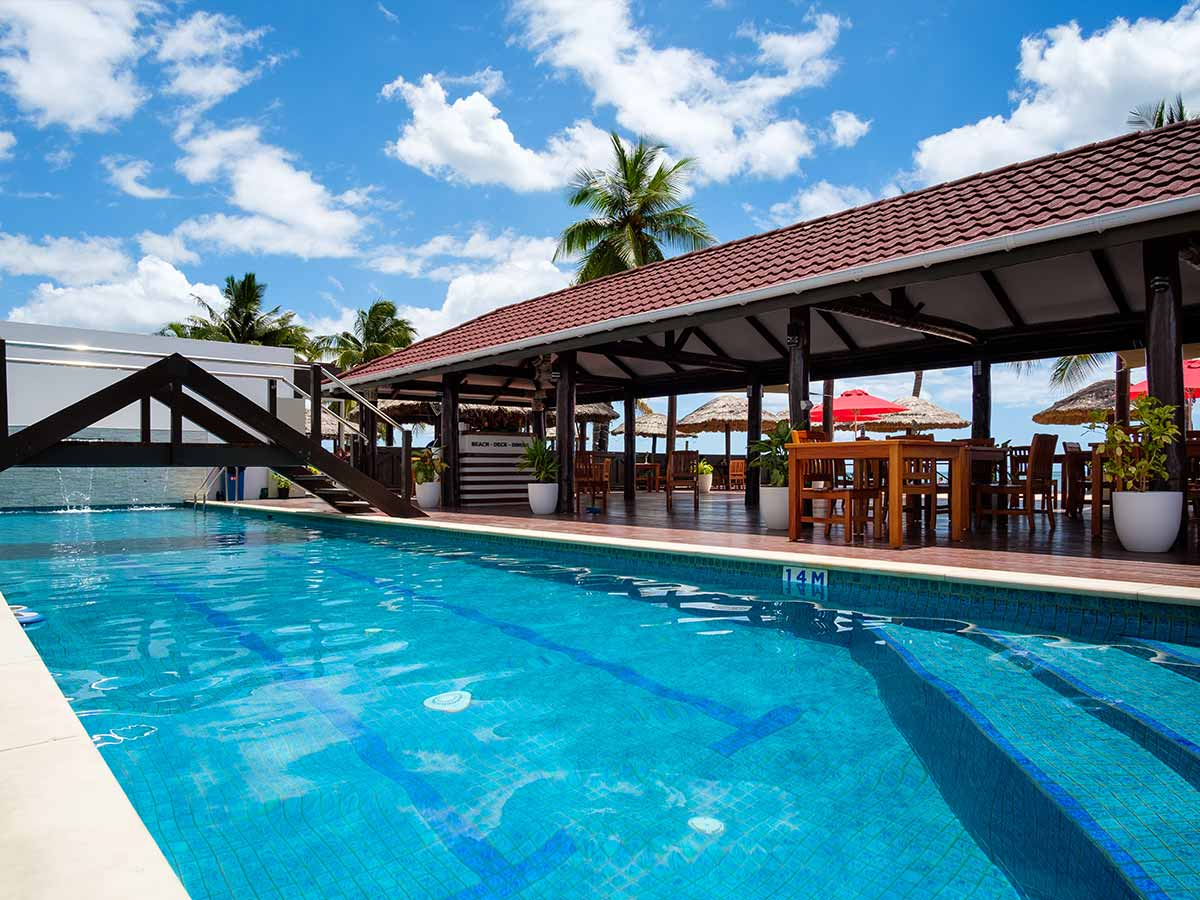 ramada-suites-fiji-pool