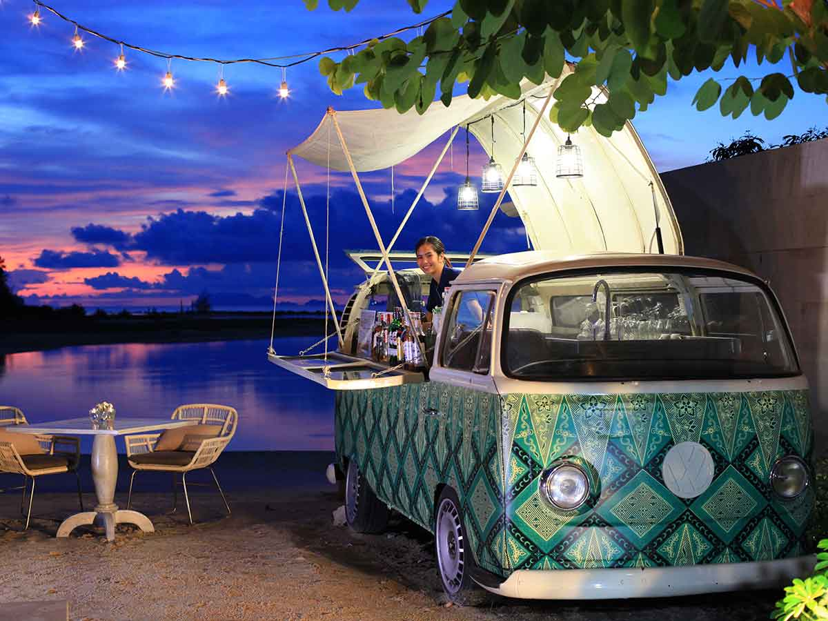 Avani+-Samui-Resort-van