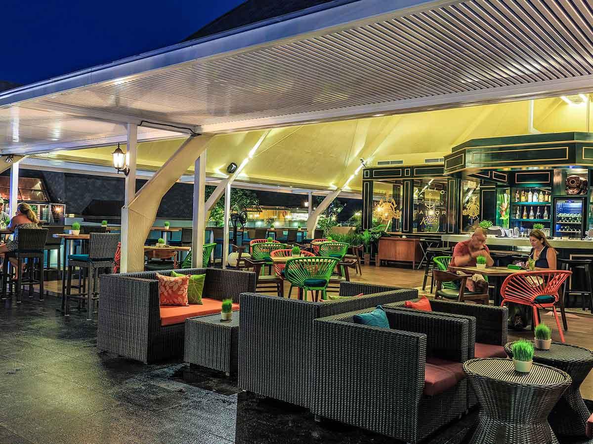 The-Kuta-Beach-Heritage-Hotel-bar-&-restaurant