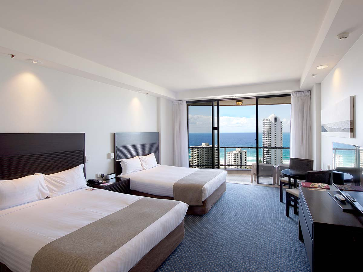 Crowne-Plaza-Surfers-Paradise-Superior-Twin