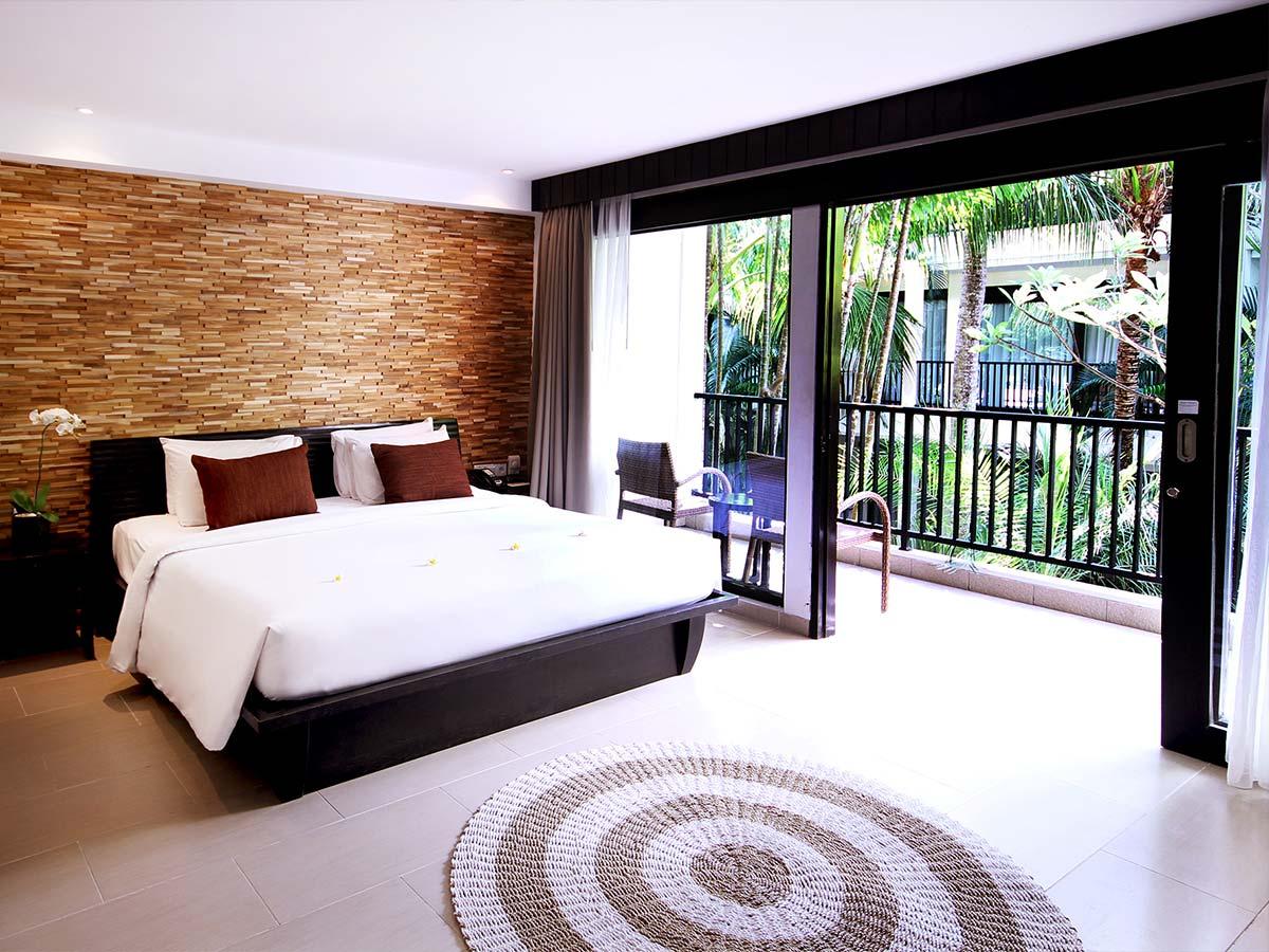 Away-Bali-Legian-Camakila-deluxe-premium