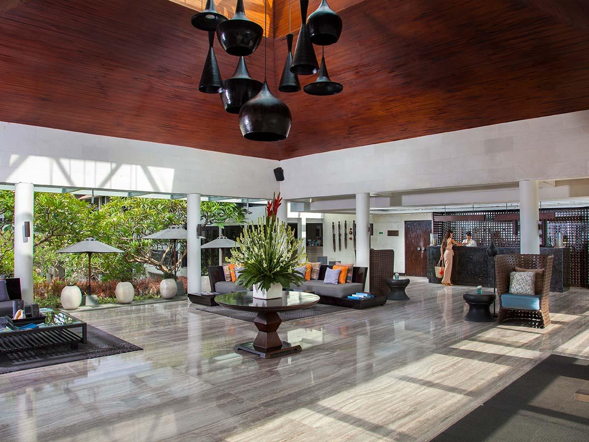 Away-Bali-Legian-Camakila-lobby