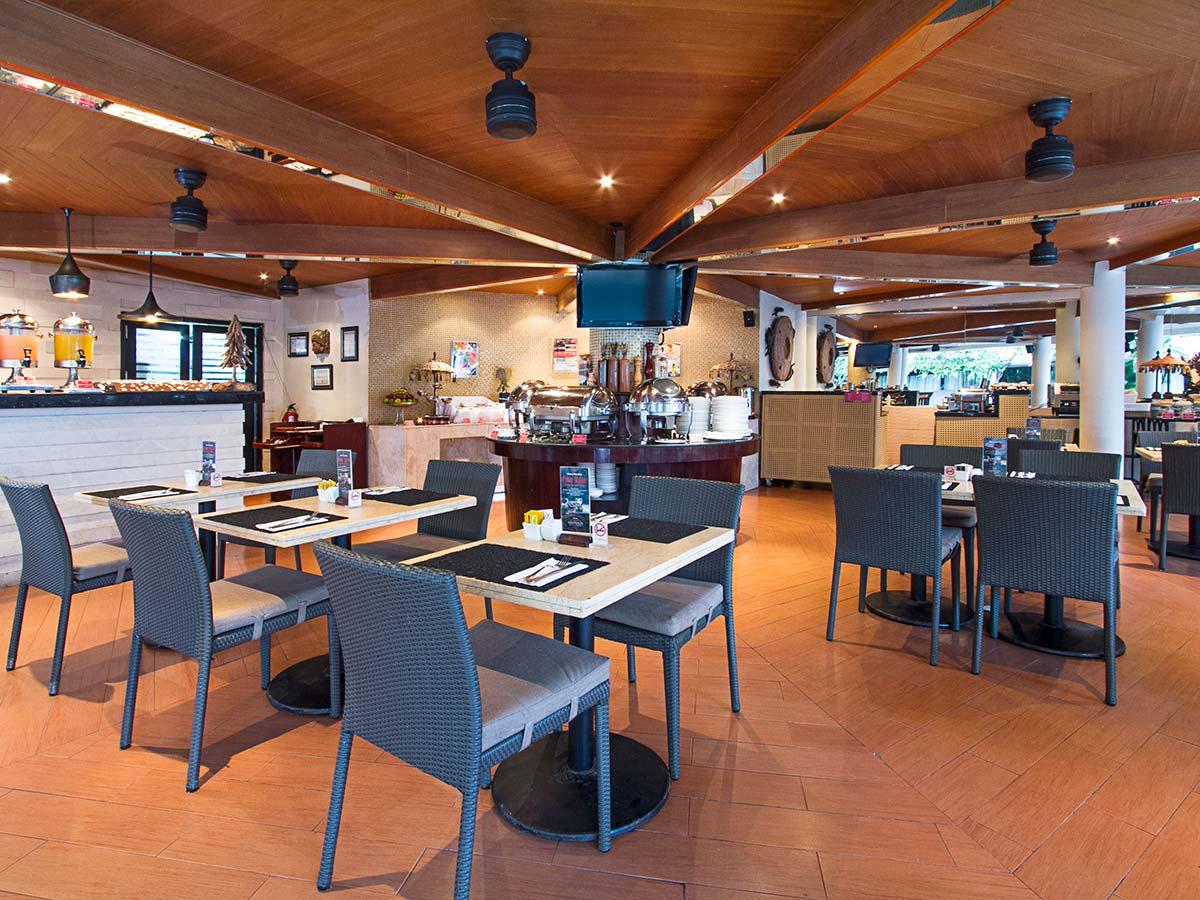 Away-Bali-Legian-Camakila-restaurant