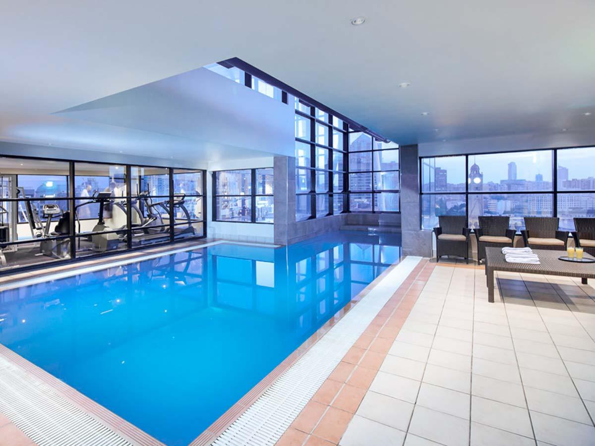 Mercure-Sydney-pool