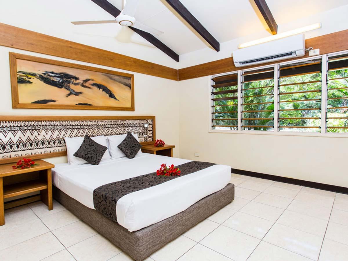 Plantation-Island-Resort-garden-terrace