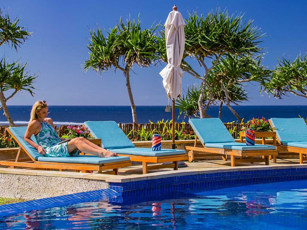 Wavi-Island-Fiji-pool-2