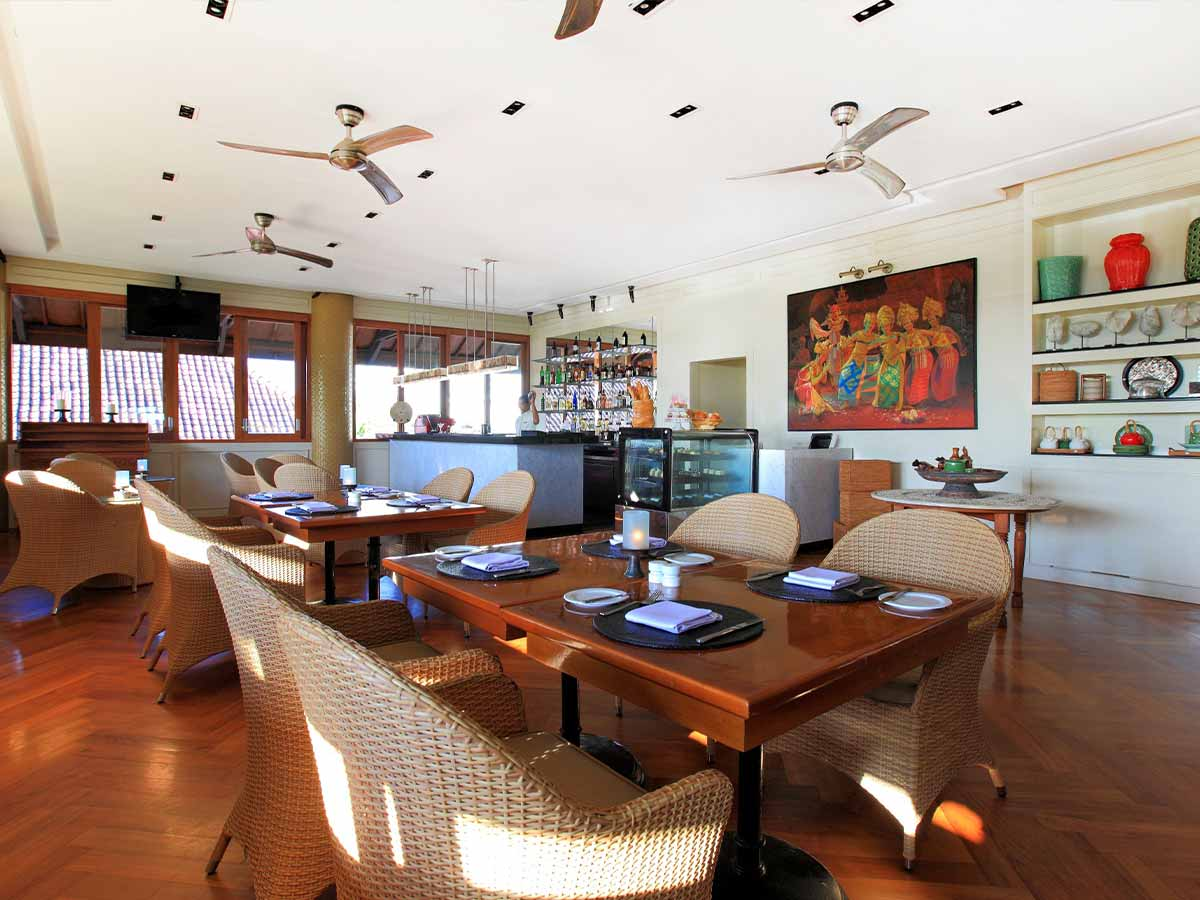 Tanjung-Benoa-Beach-Resort-cafe