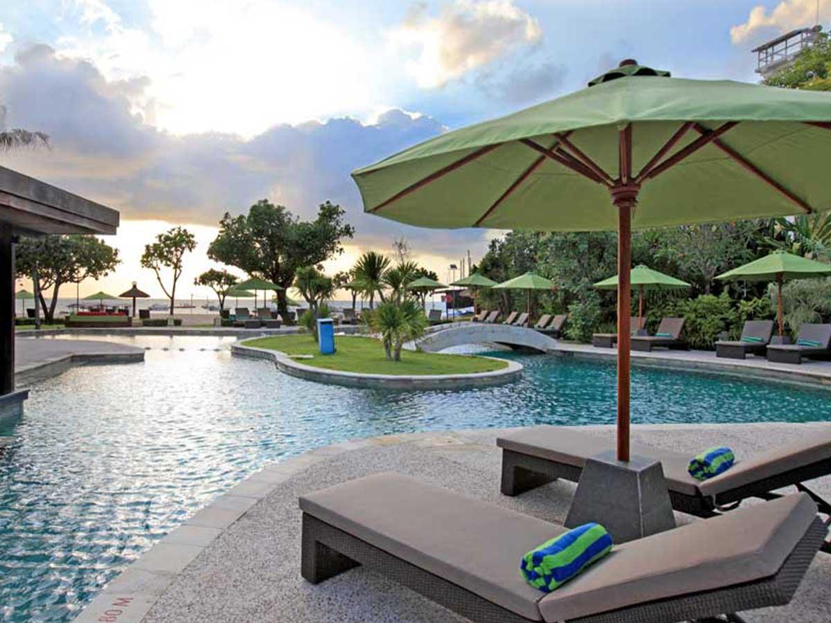 Tanjung-Benoa-Beach-Resort-pool