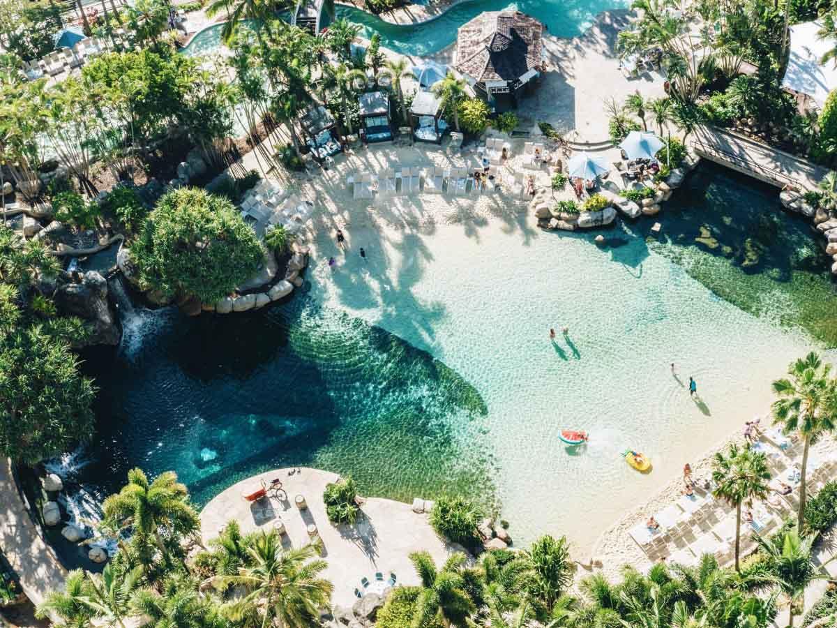 Surfers-Paradise-Marriott-Resort-Spa-pool