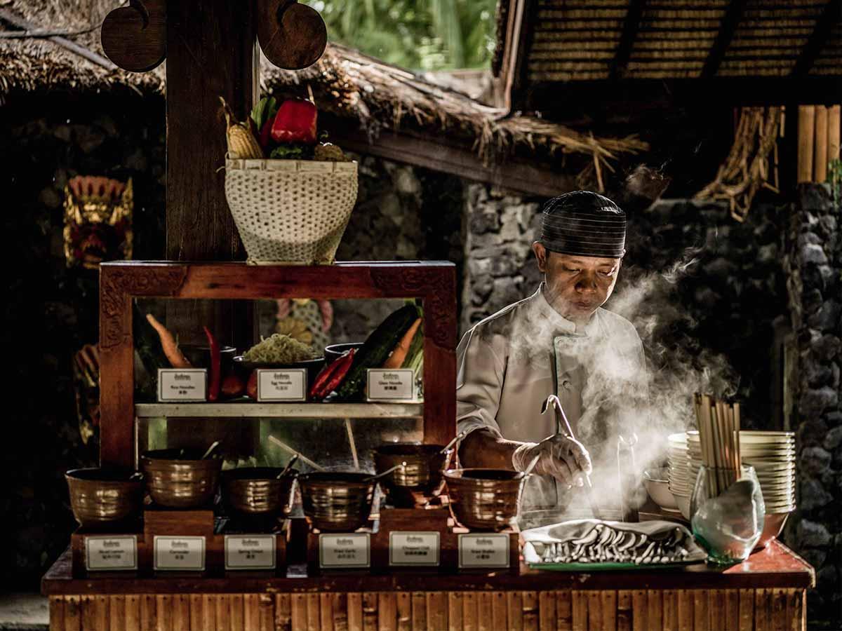 InterContinental-Bali-jimbaran-gardens-restaurant
