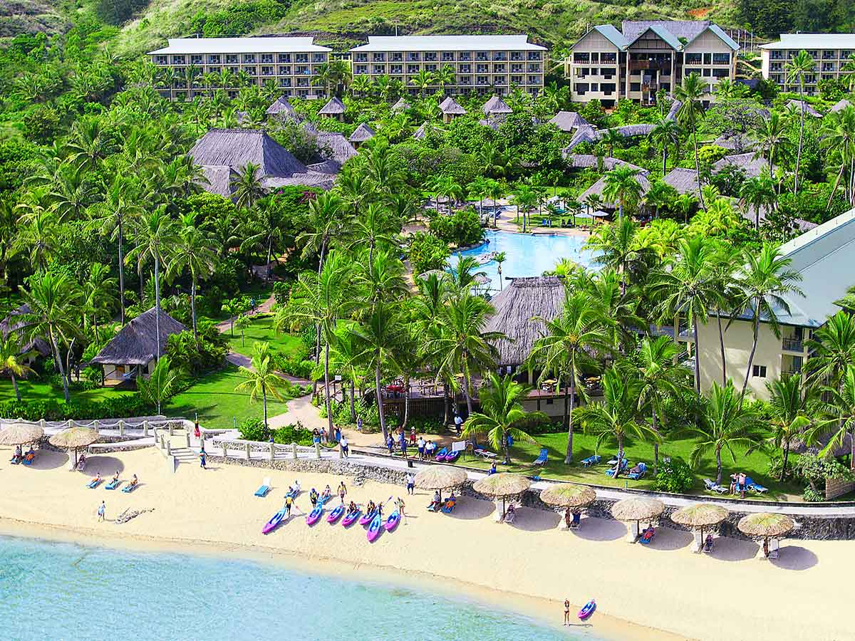 Outrigger-Fiji-Beach-Resort-Coral-Coast
