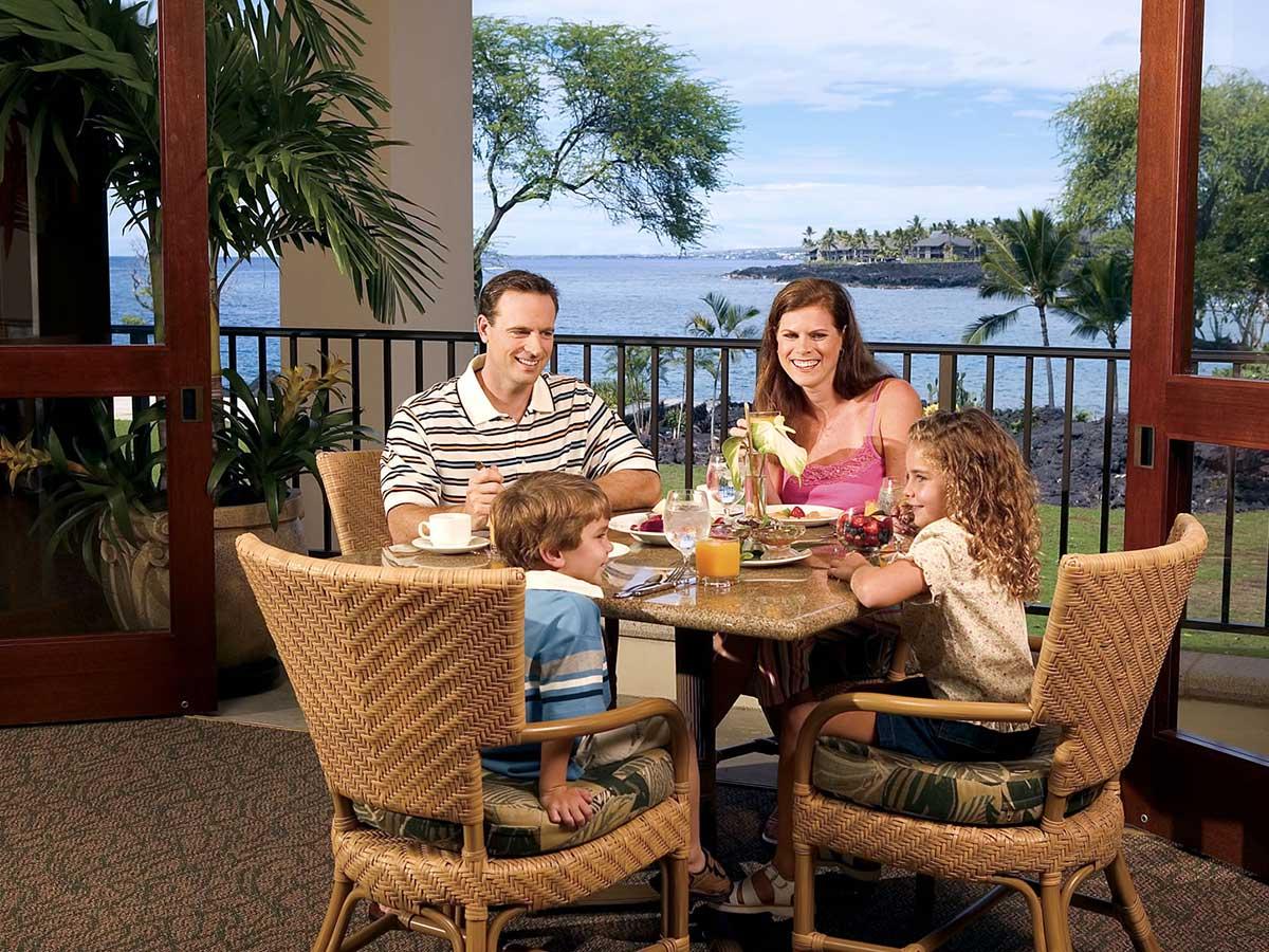 Sheraton-Kona-Resort-family