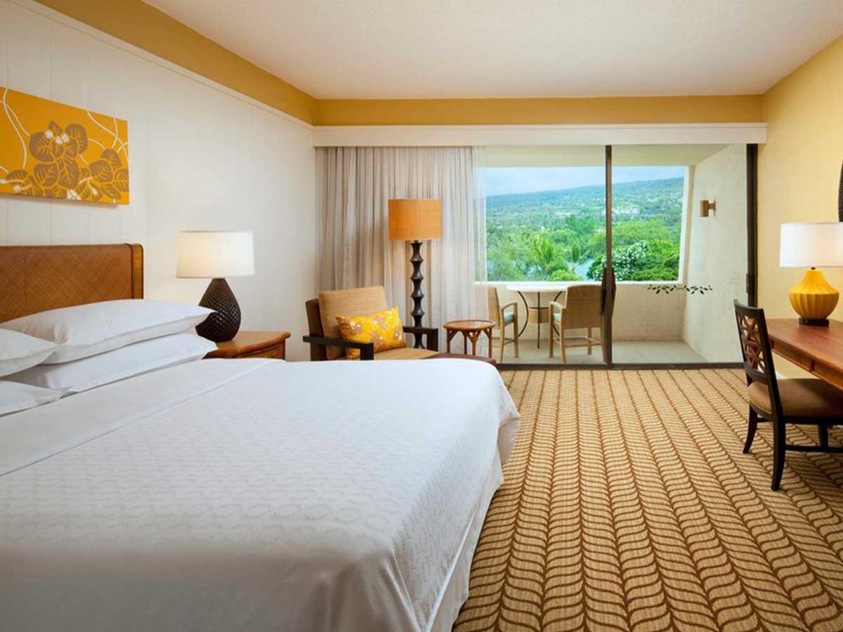 Sheraton-Kona-Resort-partial-oceanview