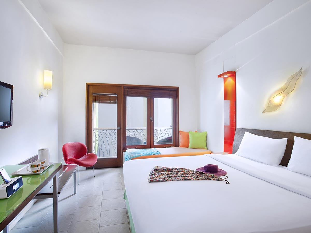 Ibis-Styles-Bali-Legian-superior-room