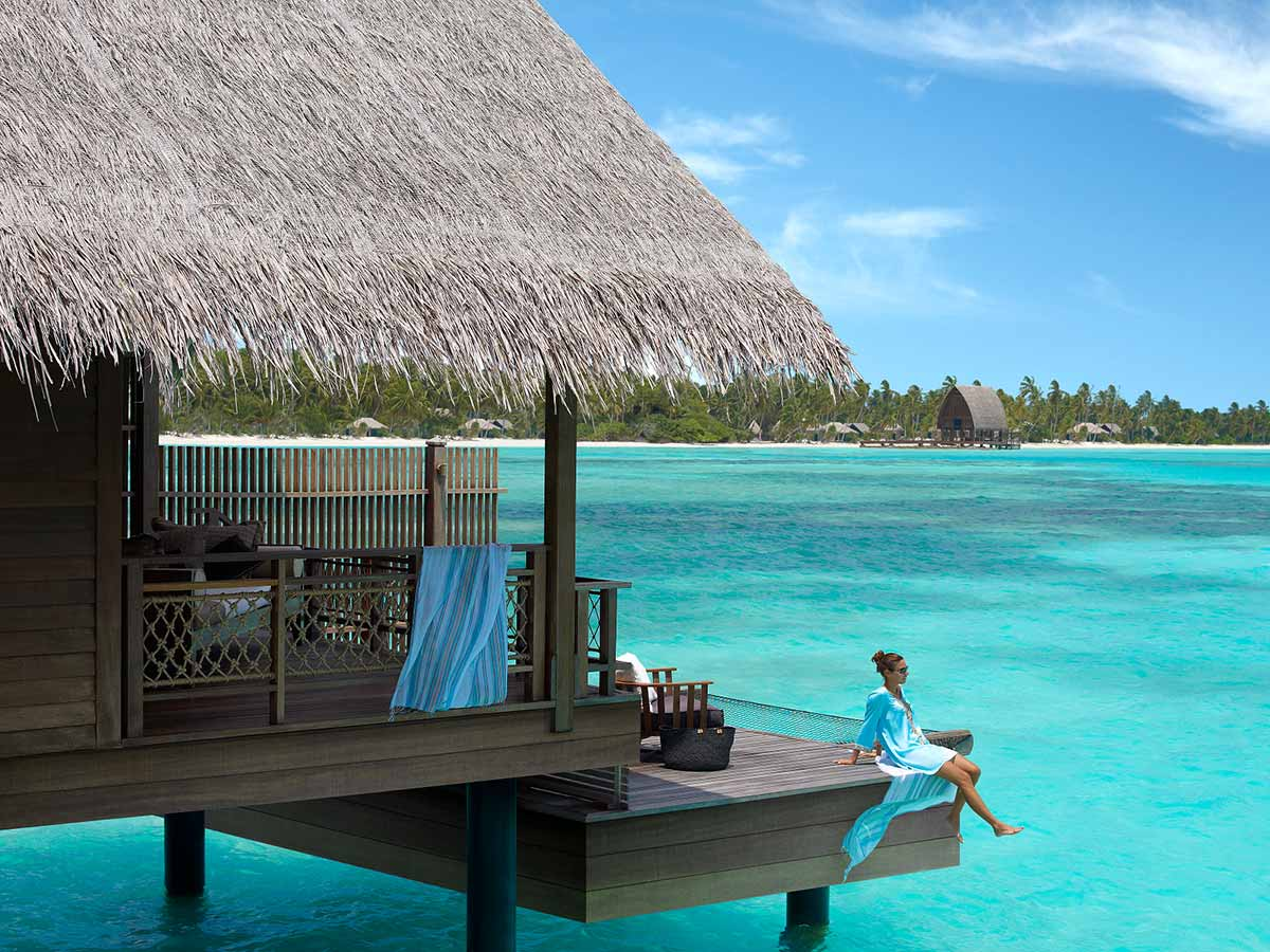 Shangri-La-Villingili-Maldives-water-villa-room