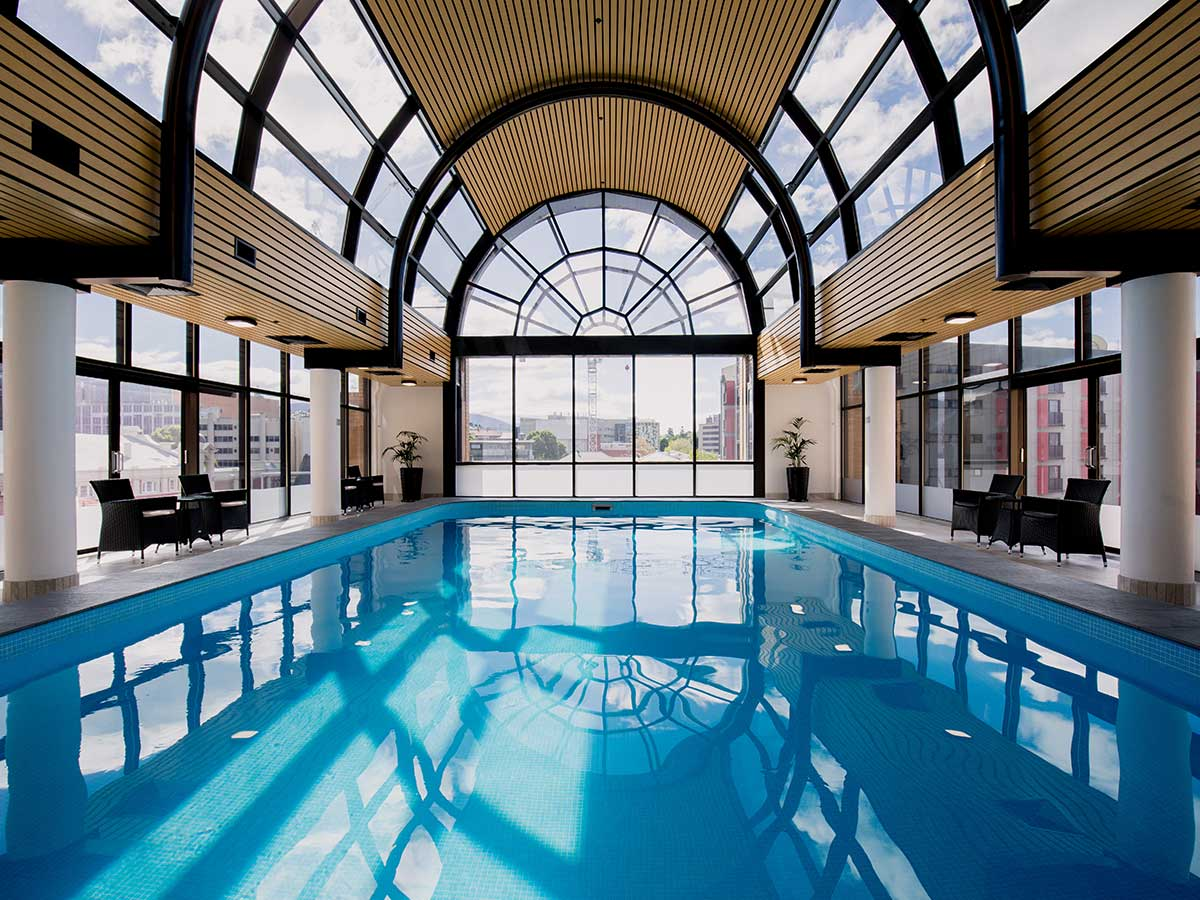 Hotel-Grand-Chancellor-Hobart-pool