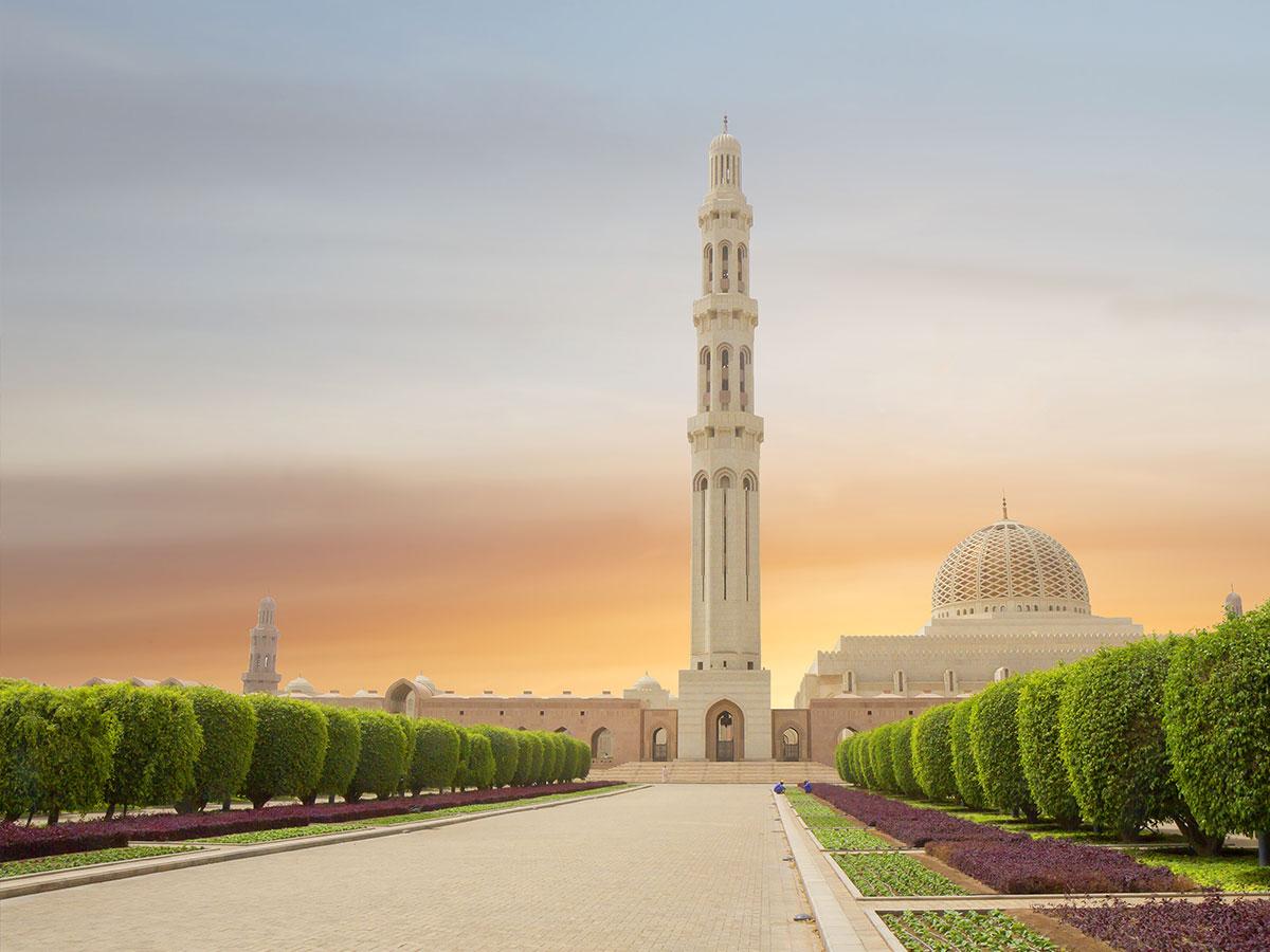 Grand-Mosque-Muscat-Oman