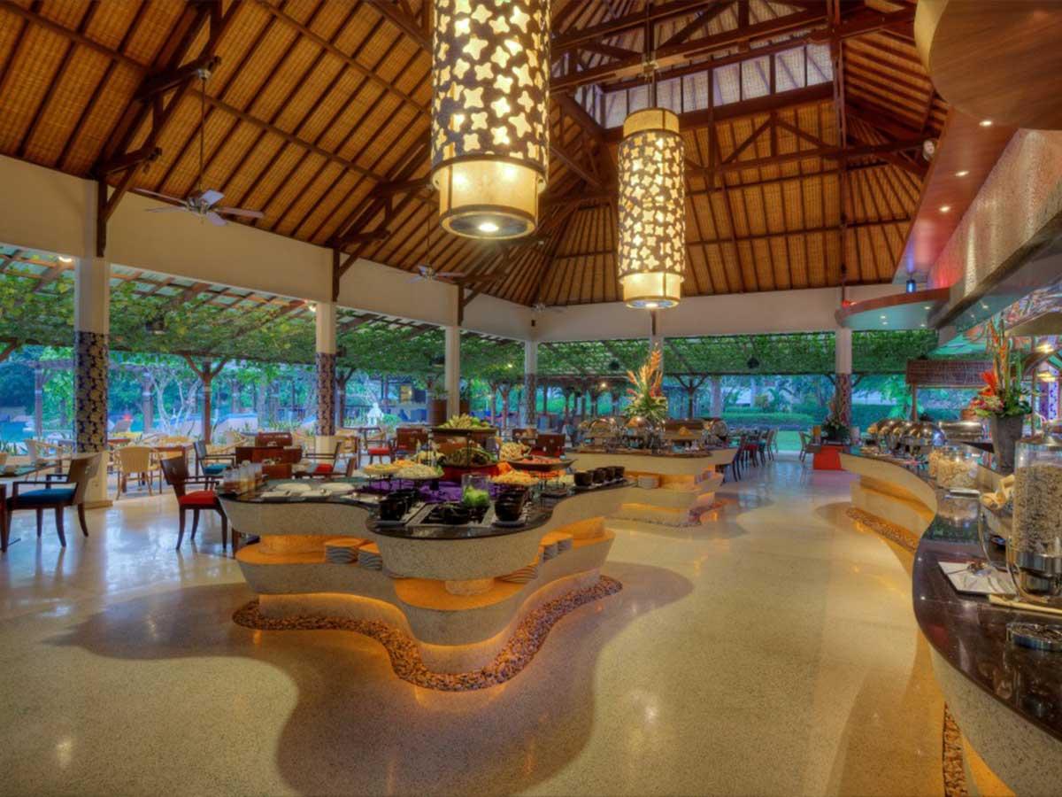 Novotel-Bali-Nusa-Dua-the-square