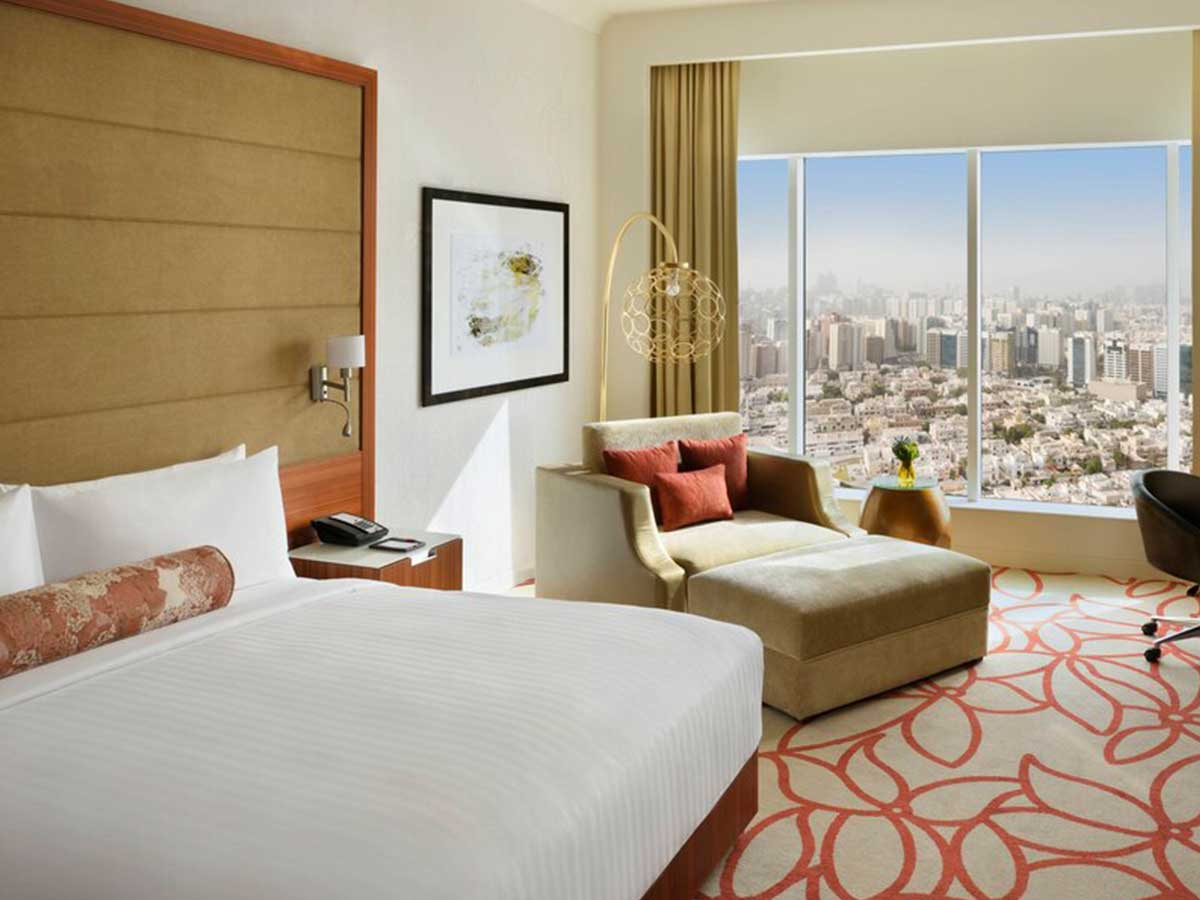Marriott-Hotel-Downtown-Abu-Dhabi-superior-room