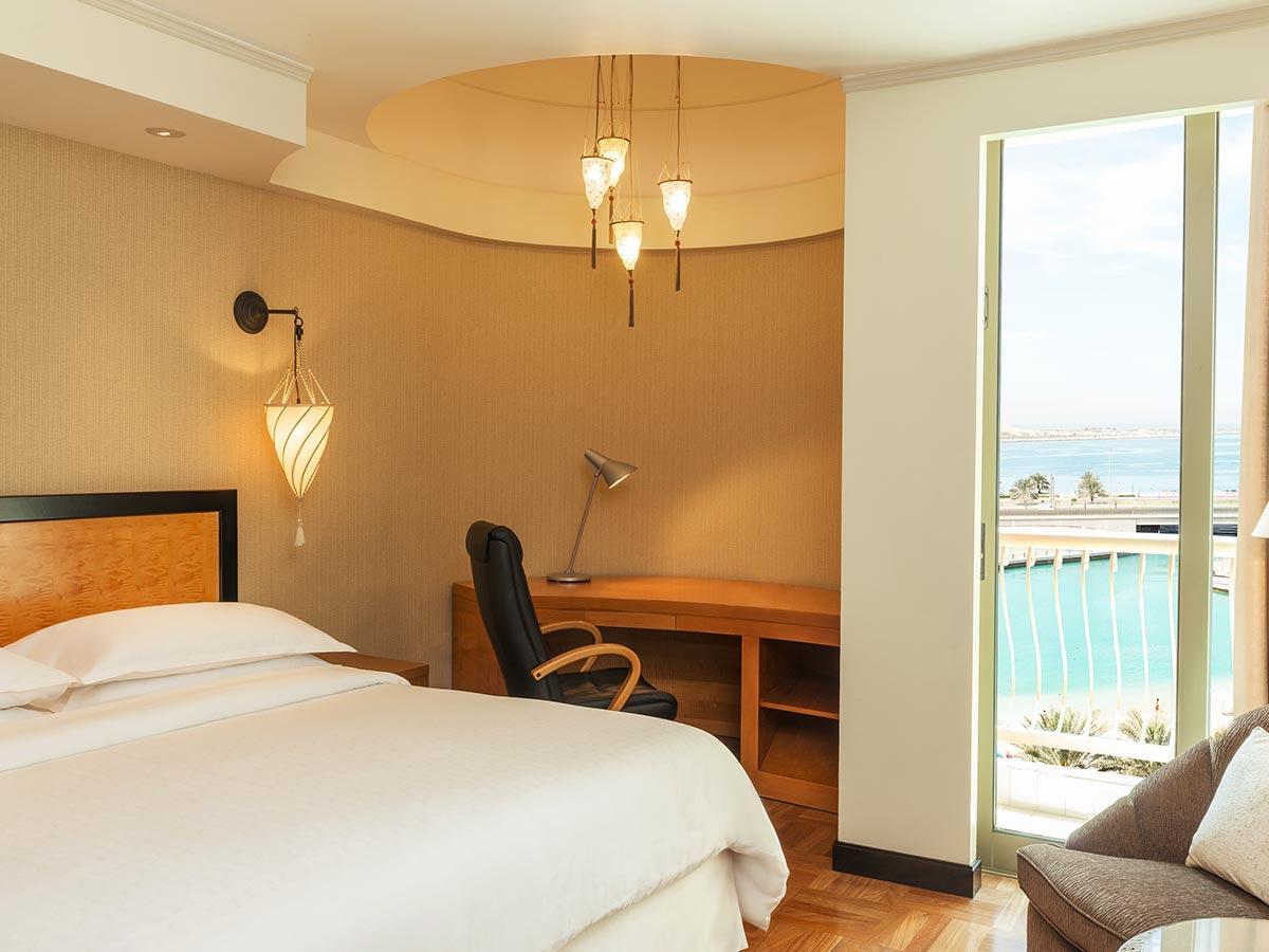Sheraton-Abu-Dhabi-resort-view
