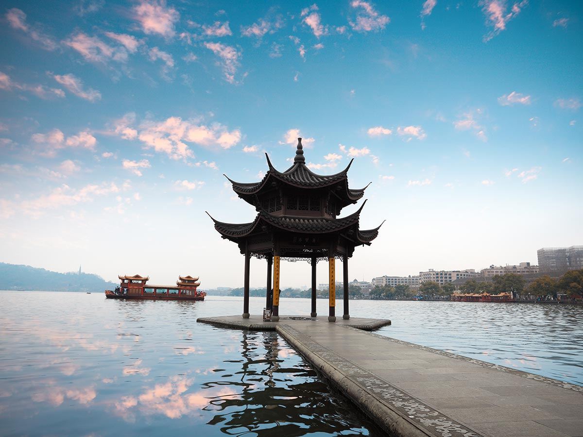 China-Tour-hangzhou-lake