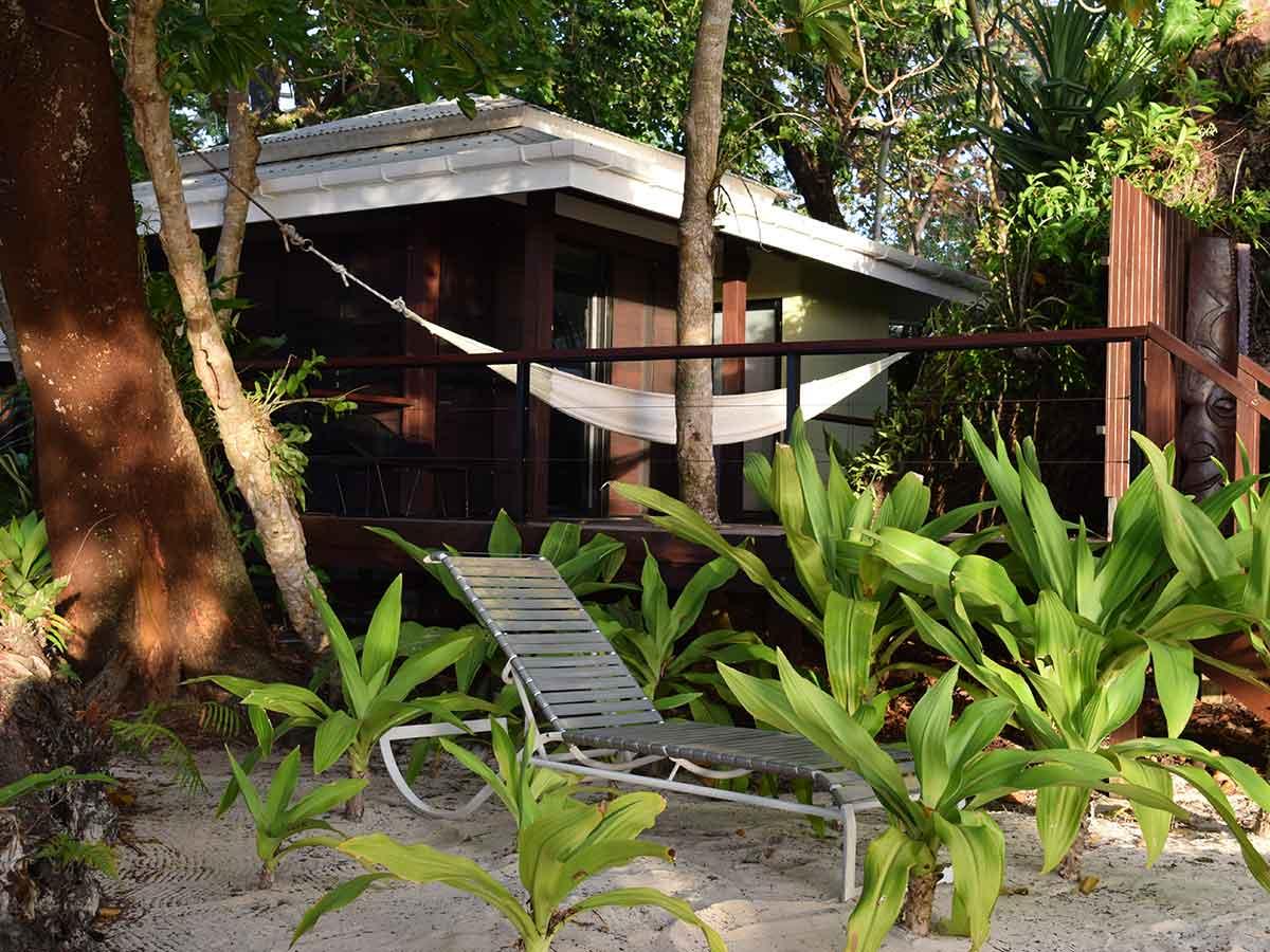 Barrier-Beach-Resort-Santo-hammock