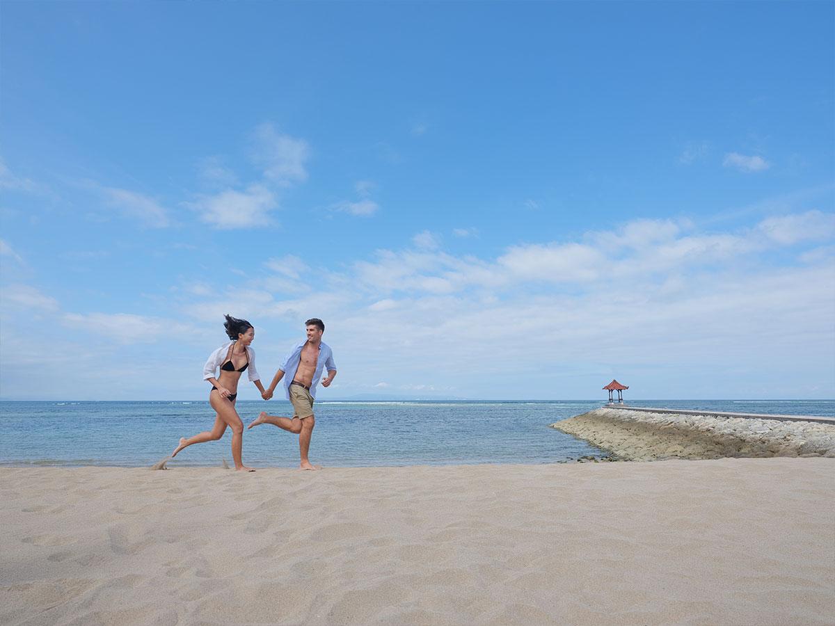 Hotel-Nikko-Bali-beach